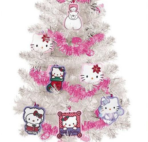 Árvore de Natal Hello Kitty com Enfeites