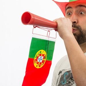 Vuvuzela c/ Bandeira de Portugal (Entrega em 24h)